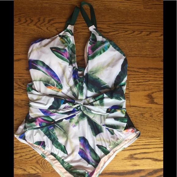 6b4ac9e646 ANTONIO MELANI Other - NWOT Antonio Melani tropical swimsuit